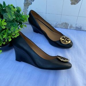 Tory Burch Shoes - Tory Burch🔴black leather wedges sz 9.5